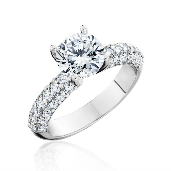 Classic Diamond Engagement Ring by HL Manufacturing