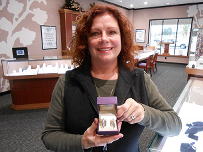 Kathleen-3rd-Quarter-2013-Jewelry-Winner-64.jpg